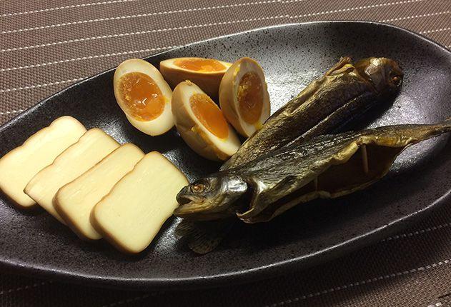 チーズと半熟卵の燻製