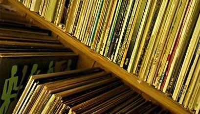 LPレコードはおよそ5,000枚所有。ダイニングルームにはjazzを中心にCD含め約2,300枚。