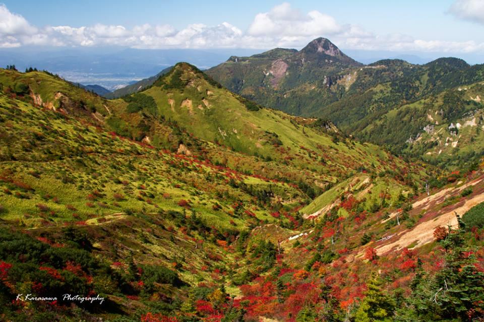 渋峠の紅葉は、景色の宝箱です。