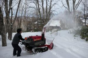 いざ圧雪!試運転を行いました。